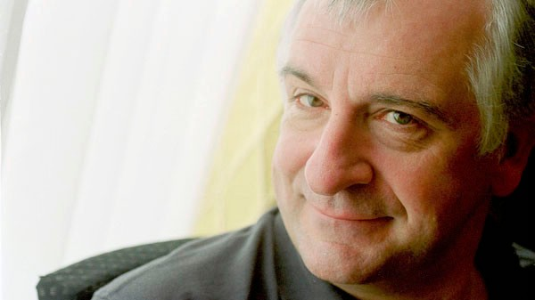 ​Neil Gaiman Remembers Douglas Adams