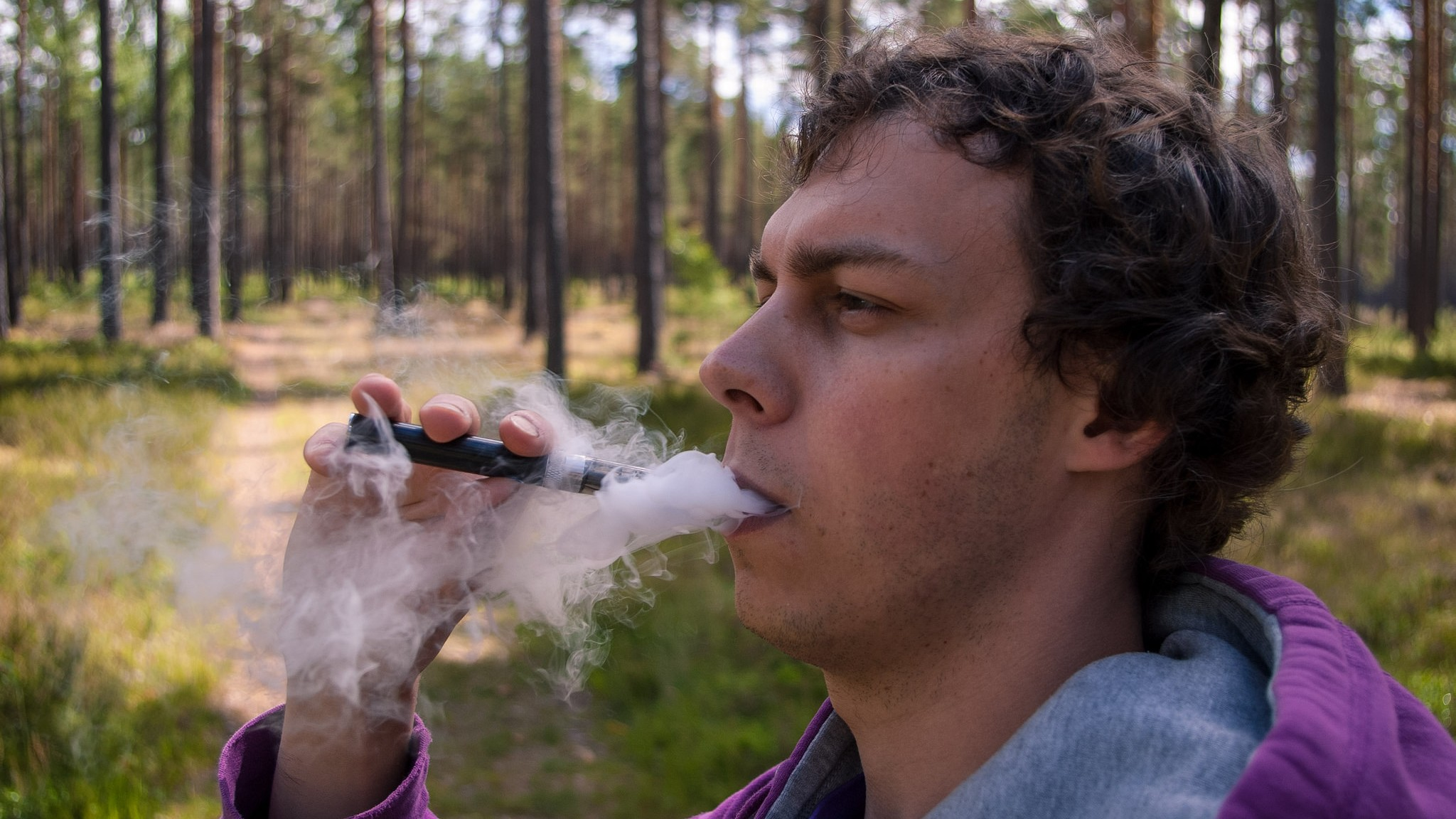 Strict New Regulations Are Forcing Vapers to Go DIY
