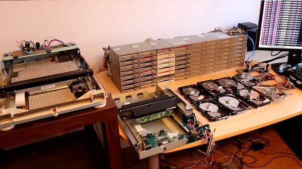 Watch 64 Floppy Disk Drives Play the Theme from 'Star Wars'