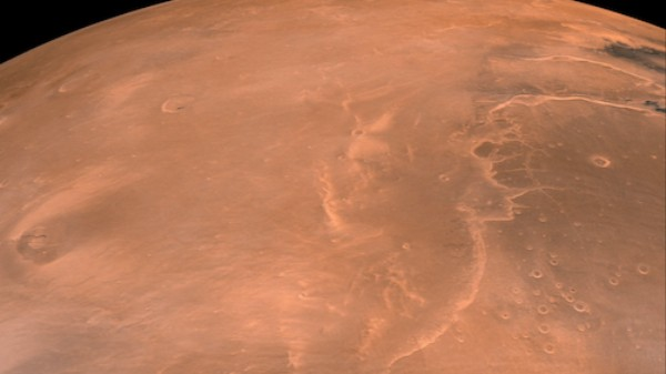 Why the First Close-Up Image of Mars Was Hastily Painted in Pastels