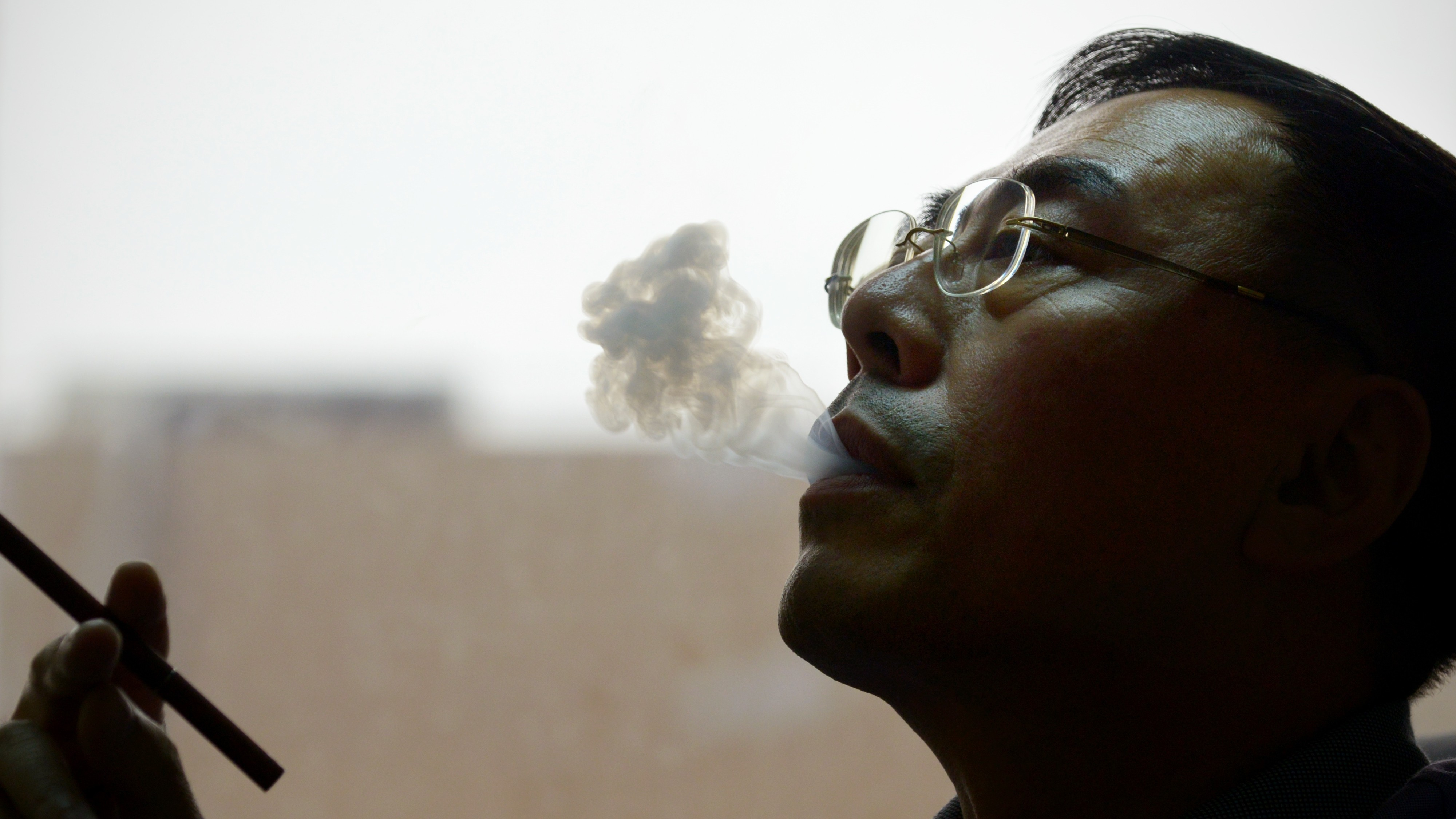 We Asked the Inventor of the E-Cigarette What He Thinks About Vape Regulations