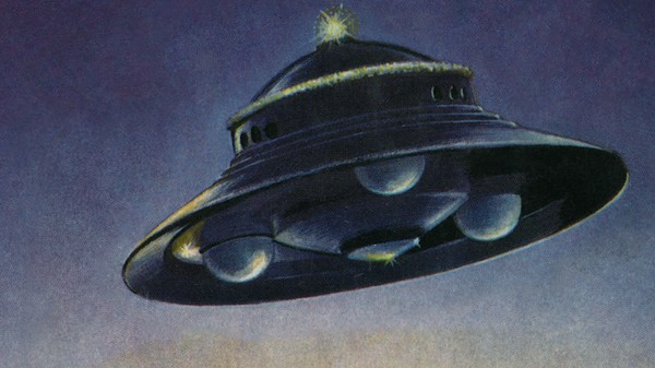 Your Coffee Table Needs This Lavish Collection of Retro UFO Pulp Fiction Art