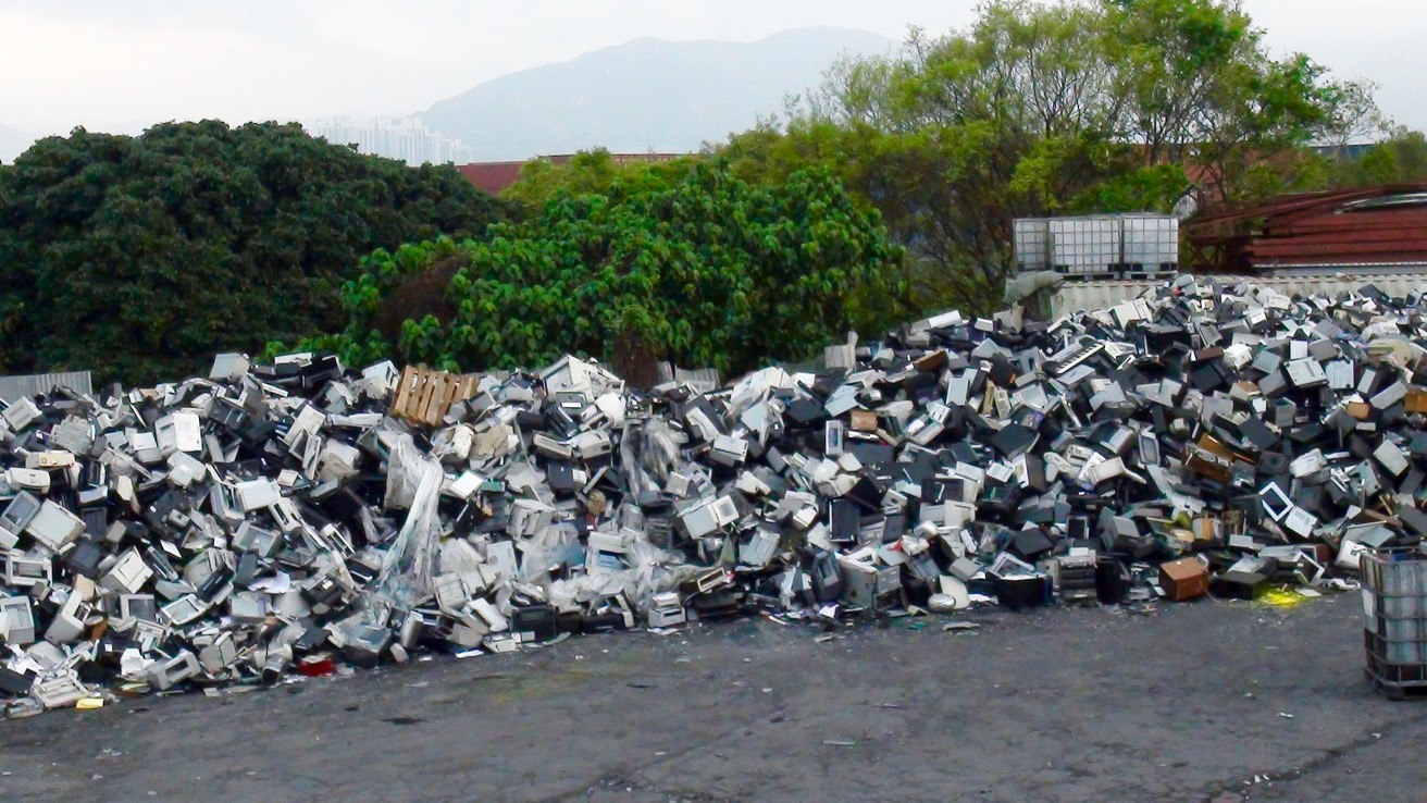 A Shocking Amount of E-Waste Recycling Is a Complete Sham