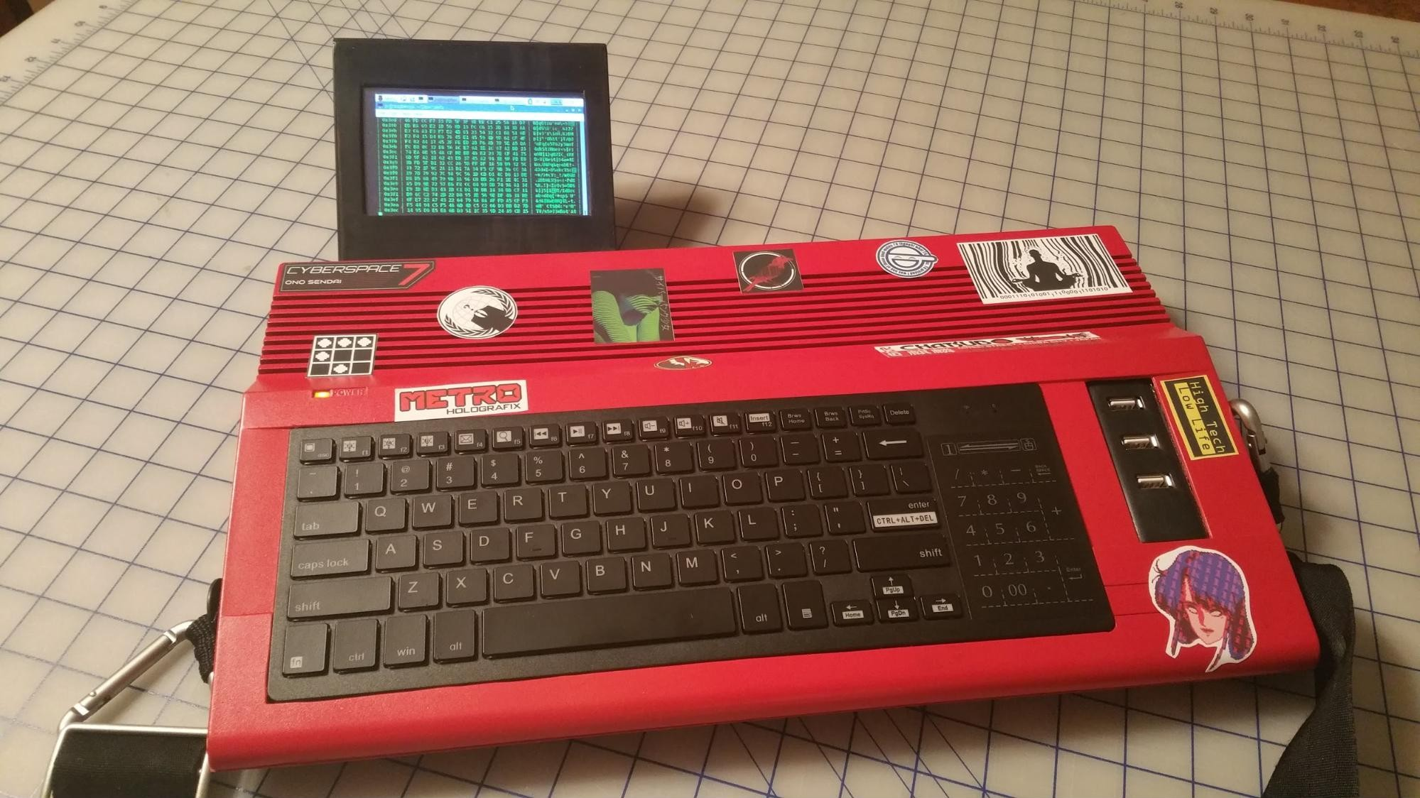 Modder Brings William Gibson's 'Cyberdecks' to Life
