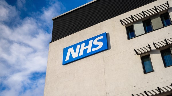 NHS Hospitals Are Running Thousands of Computers on Unsupported Windows XP