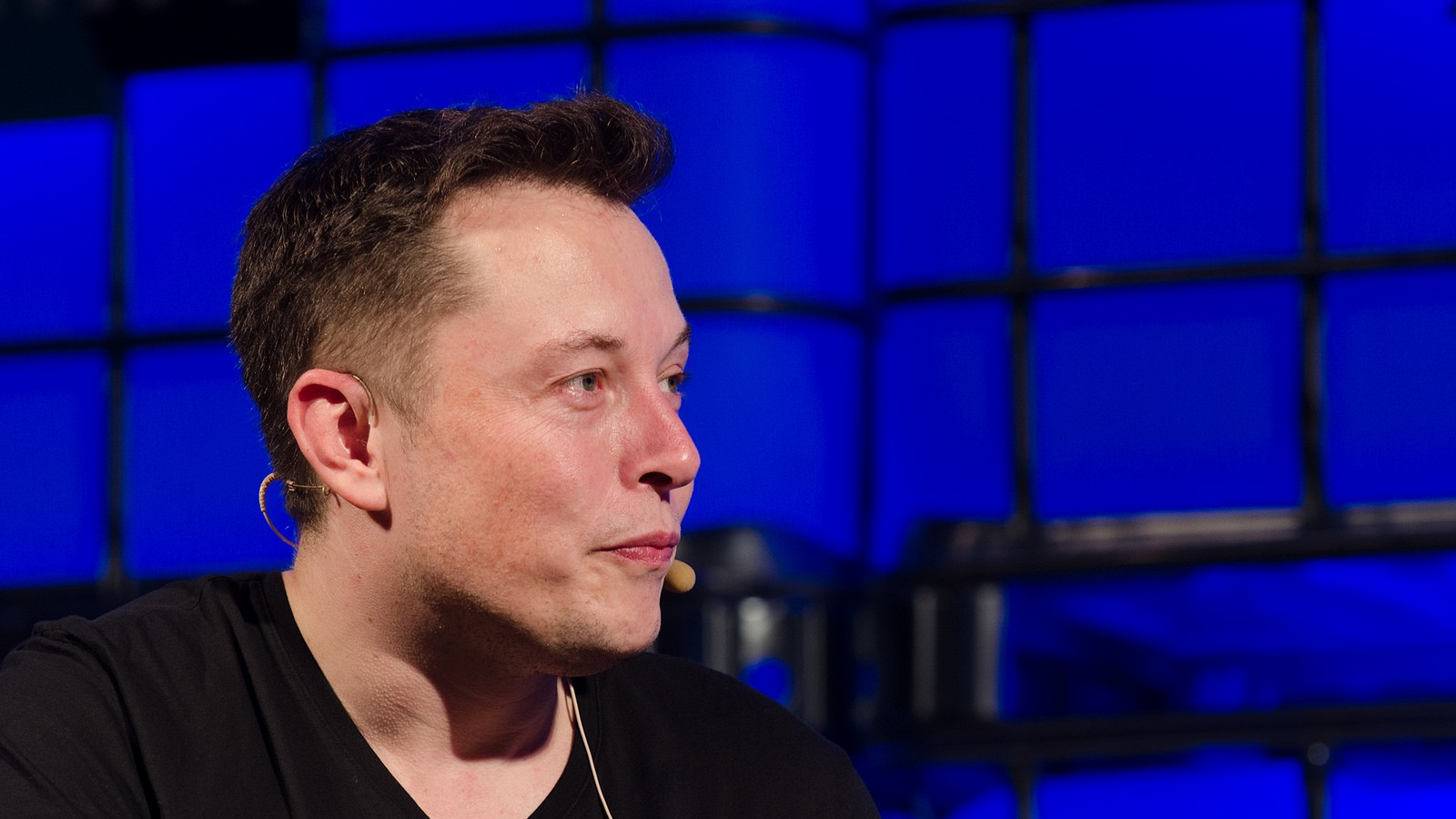 Elon Musk Critic Sues Tesla, Says Musk's 'Agents' Hacked His Twitter