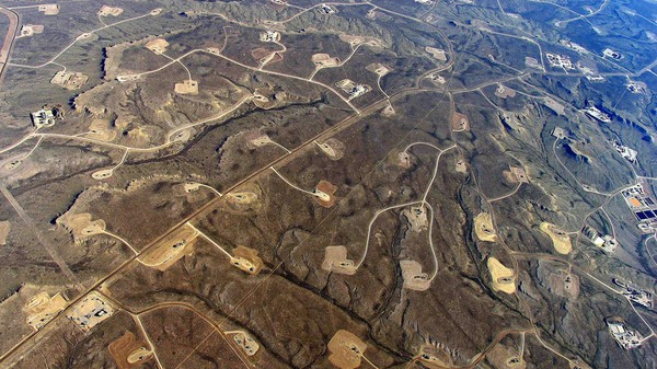 Stop Fracking 'In the Dark,' Say Biologists