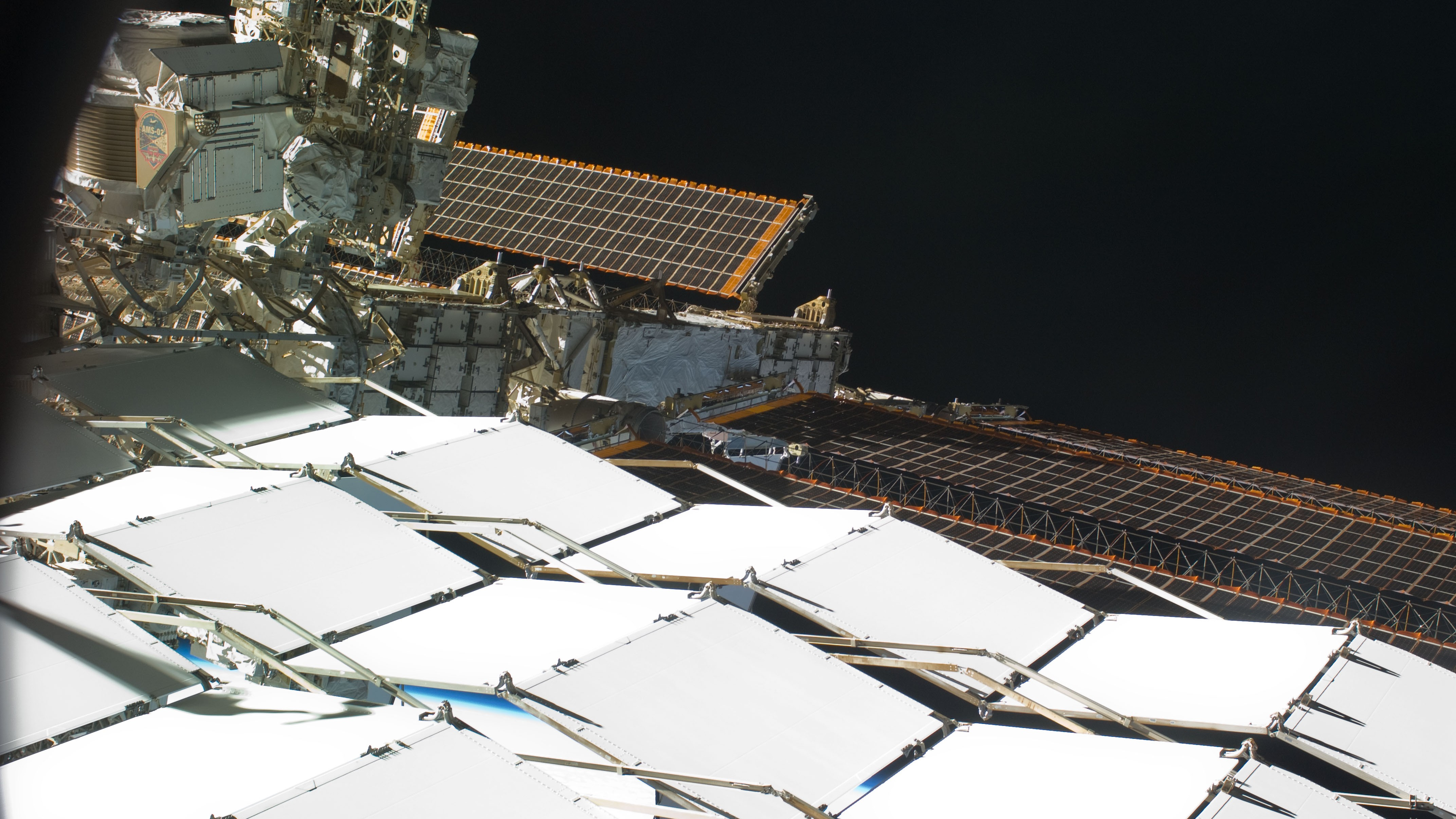 New Hints of Dark Matter from the International Space Station