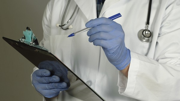 Doctors Are Giving Out More Drugs to Improve Their Online Ratings