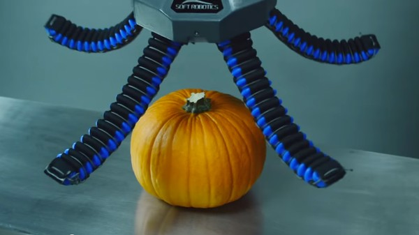 Here's a Squishy Robotic Hand Grabbing a Pumpkin (and Other Inanimate Objects)