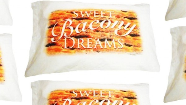 Do Bacon-Scented Pillows Make You Dream of Meat?
