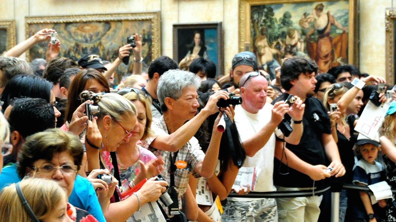 Why You Can't Escape Crowds at the Louvre