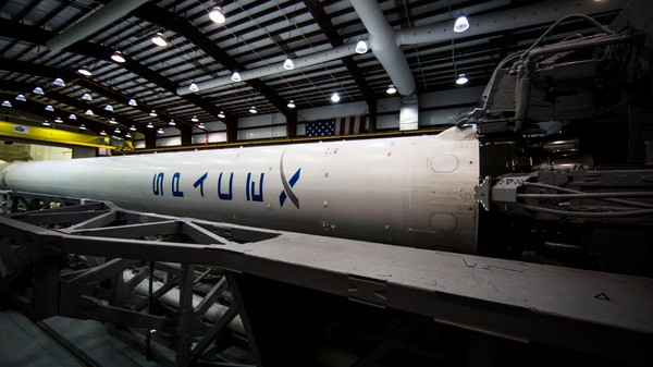 SpaceX Will Attempt to Land a Rocket on a Drone Boat Friday