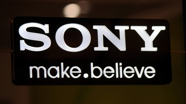 Sony Threatens to Sue Twitter Unless It Removes Tweets Containing Hacked Emails