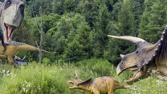 ​Parenthood in the Age of Dinosaurs