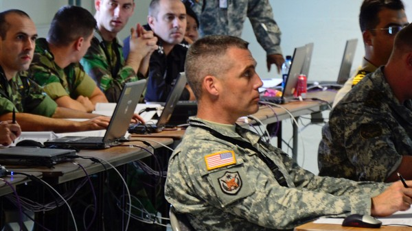 Why Silicon Valley Hackers Still Won't Work With the Military, and Vice Versa