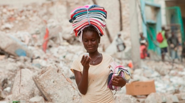 Why Women in Developing Countries Are Less Likely to Own a Phone Than Men