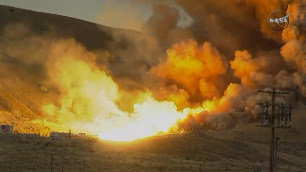 NASA Successfully Tests the Rocket Booster That Will Get Us to Mars