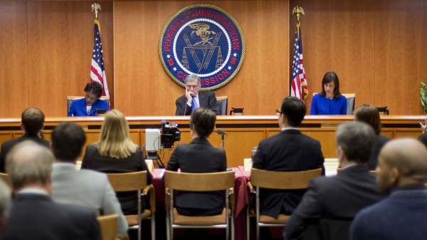 FCC Chief Slams Broadband Giants, Says Net Neutrality Will Win in Court