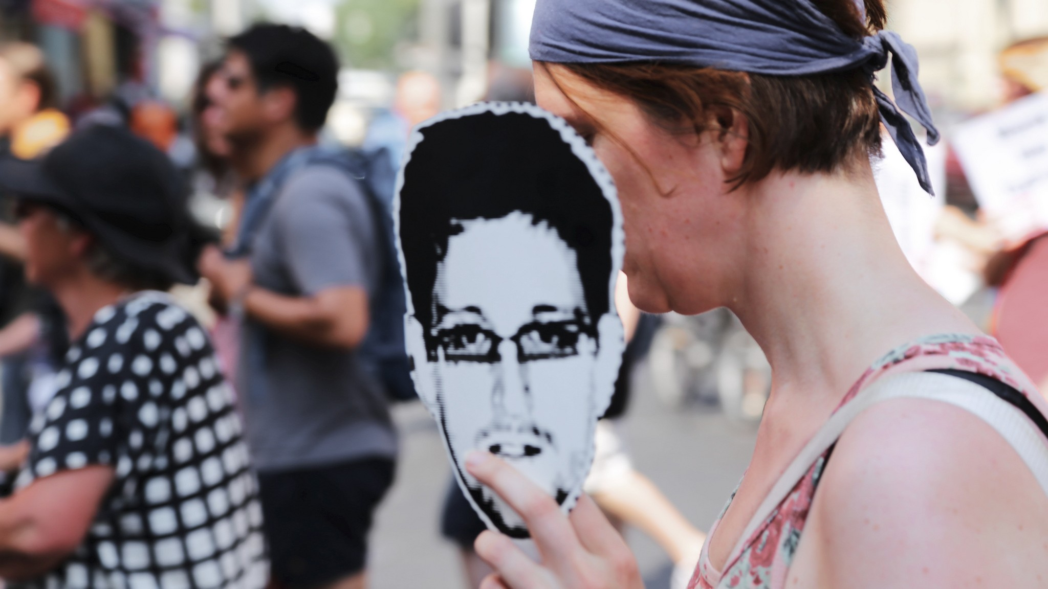 You Probably Won't Get Sanctioned for Donating Bitcoins to Edward Snowden