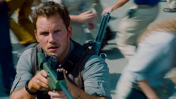 The Latest 'Jurassic World' Trailer Shows You ​How to Train Your Raptor