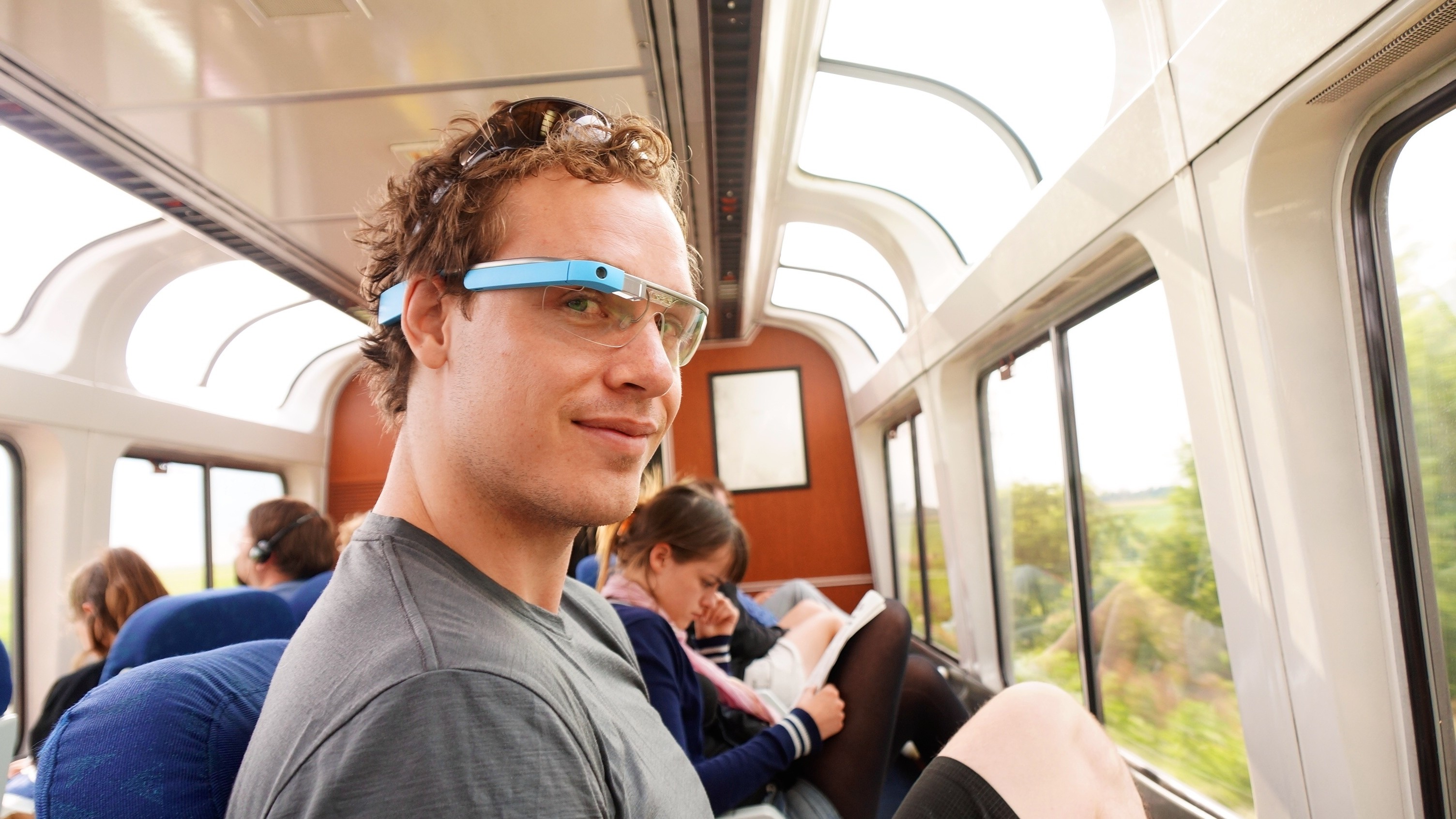 Why Is Google Glass Still a Thing?