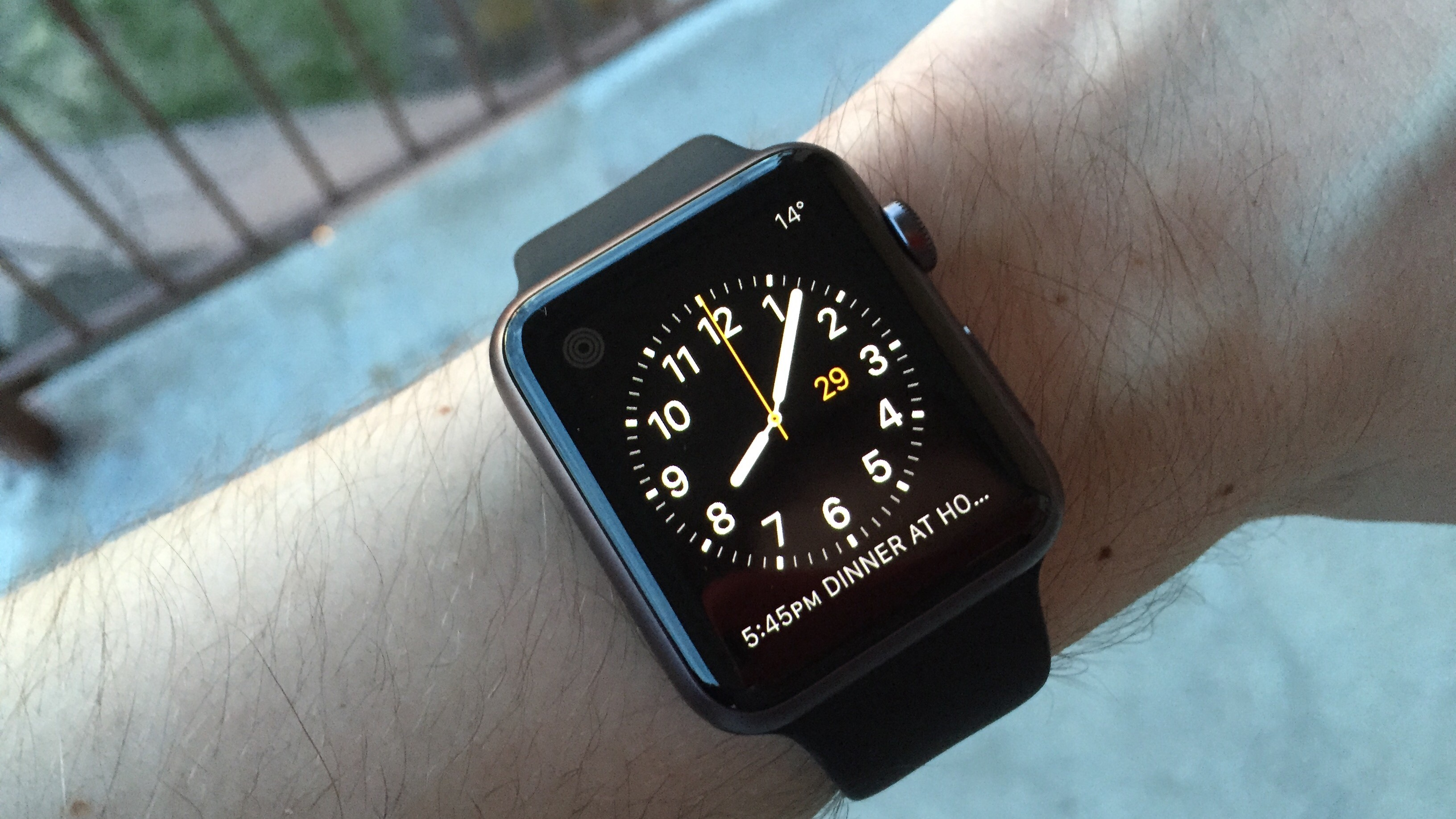 Sad Apple Watch Owners Seek Equally Lonely Apple Watch-Owning Friends