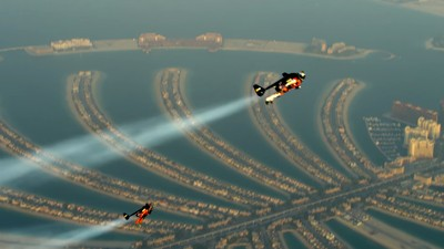 Watch These Dudes Soar Over Dubai with Jetpacks
