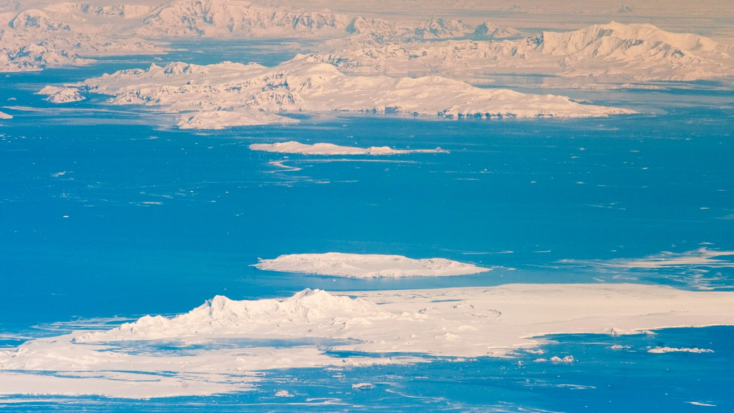 Part of Antarctica Suddenly Started Melting at a Rate of 14 Trillion Gal. a Year