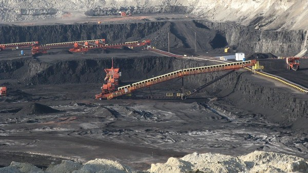 The 10 Billion Tons of Coal That Could Erase Obama's Progress on Climate Change
