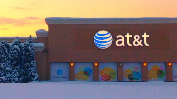 The FCC Aims to Fine AT&T $100 Million for its Misleading 'Unlimited' Data Plans