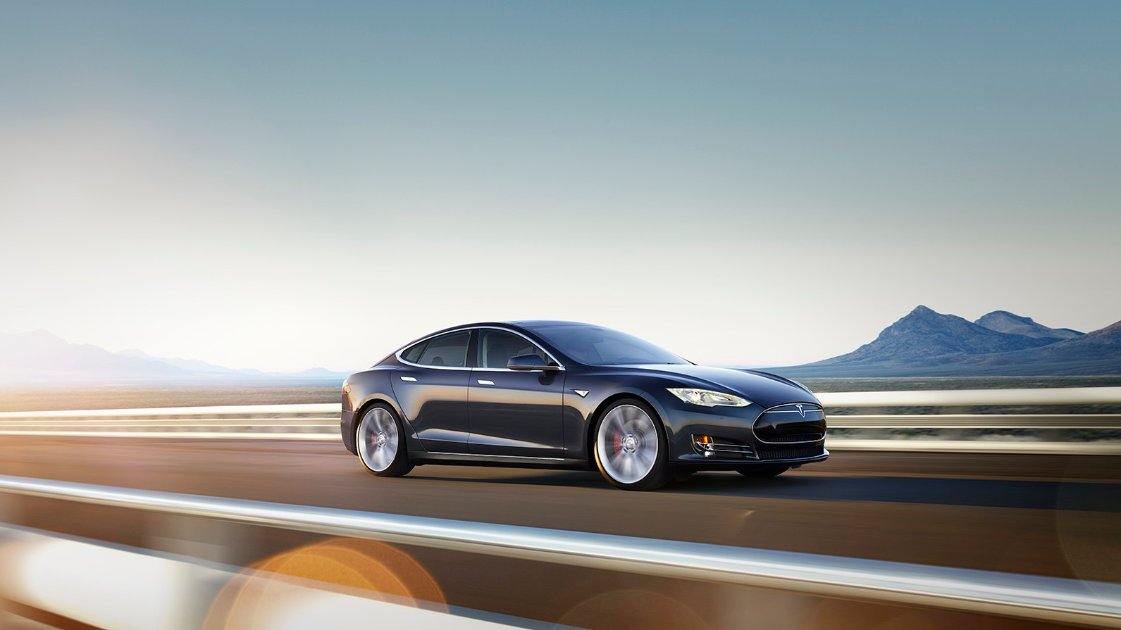 With 'Ludicrous Mode,' Tesla Model S Goes 0-60 in 2.8 seconds