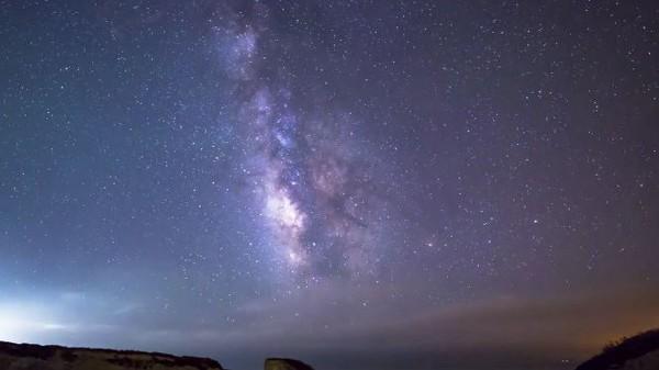 Some Filmmakers Accidentally Captured an Exploding Meteor in Timelapse Footage