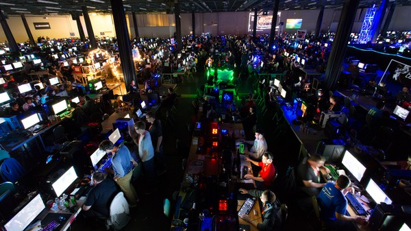 QuakeCon Keeps the LAN Party Going