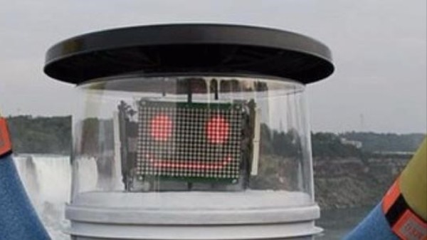 HitchBOT the Hitchhiking Robot Was Decapitated in Philadelphia