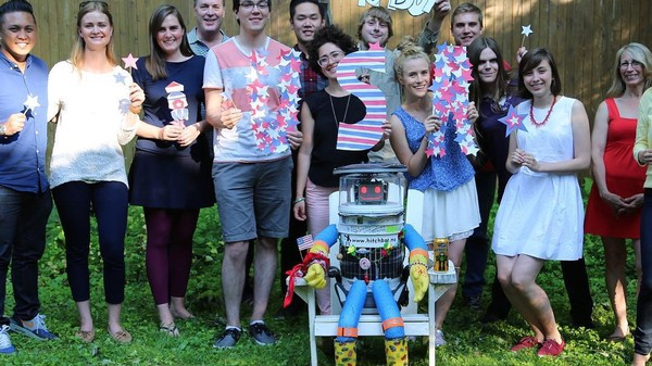 HitchBOT 2016: The Hitchhiking Robot's Creators Want to Do America Again