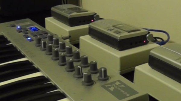 This Mellotron Made of Hacked Cassette Players Sounds Totally Wild