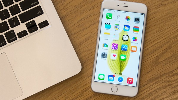 Your Blurry iPhone 6 Plus Photos Aren't Your Fault