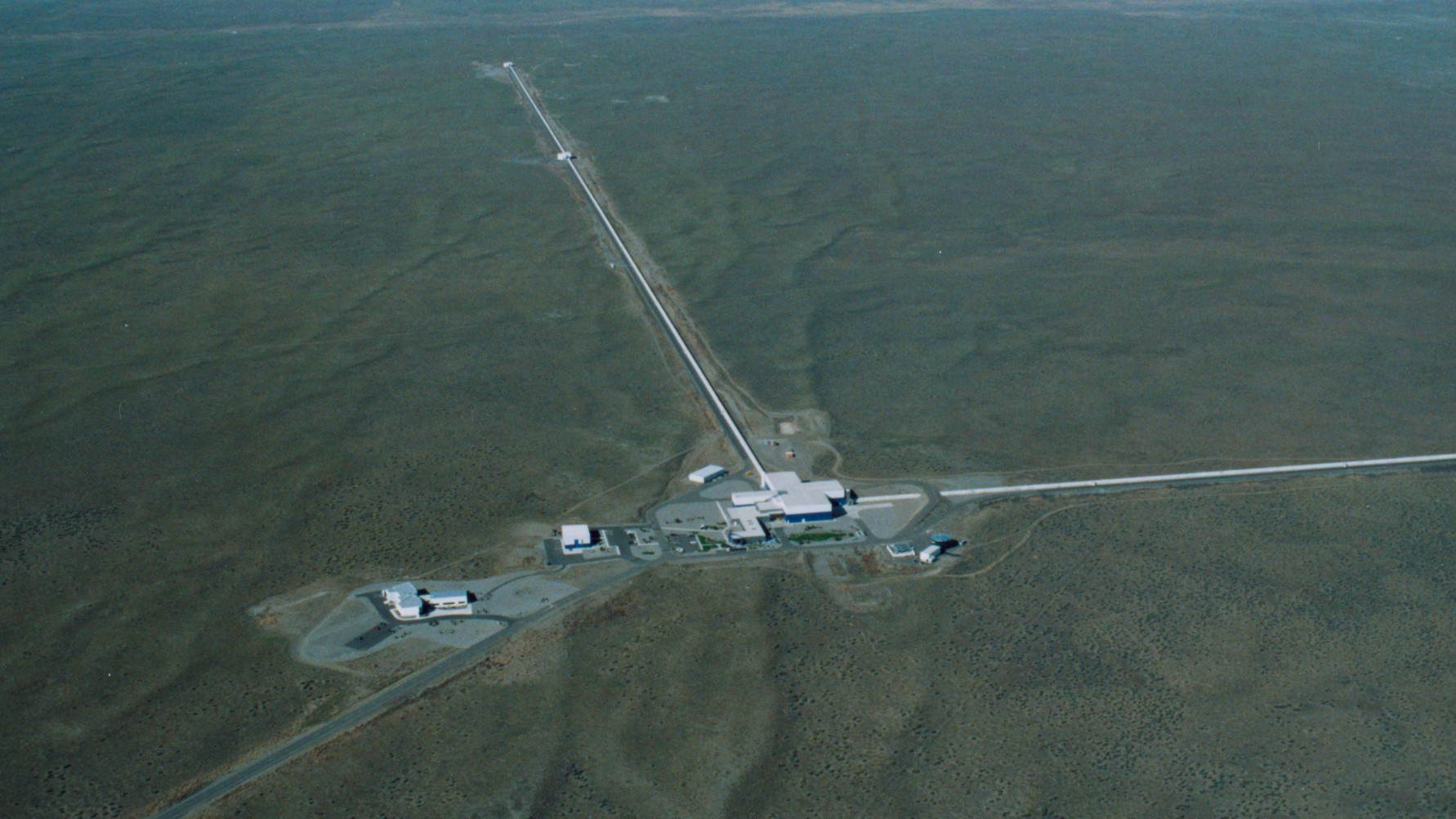 How Physicists Measure Gravitational Waves