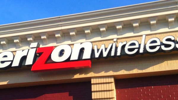 Verizon Will Charge You $20 More for Your Grandfathered Unlimited Data Plan