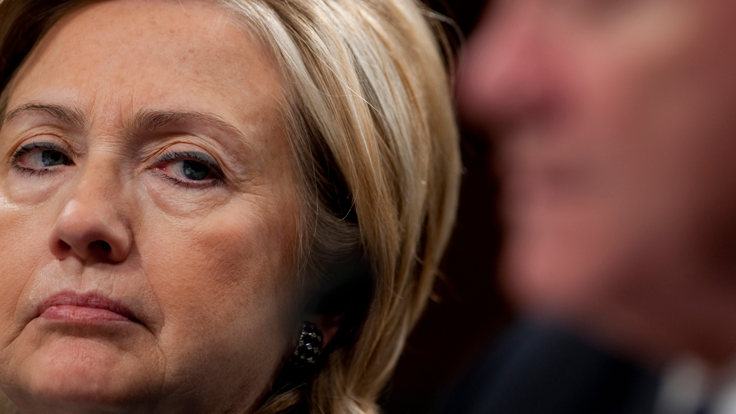 Conservative Group Sponsors Snapchat Filter to Throw Shade at Hillary Clinton