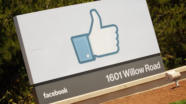 Facebook Is Asking Its Employees to Endure 2G Speeds for Just an Hour a Week
