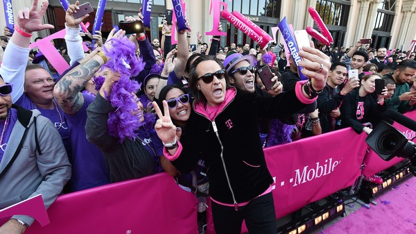 Net Neutrality Advocates Are Worried About T-Mobile's BingeOn Deal