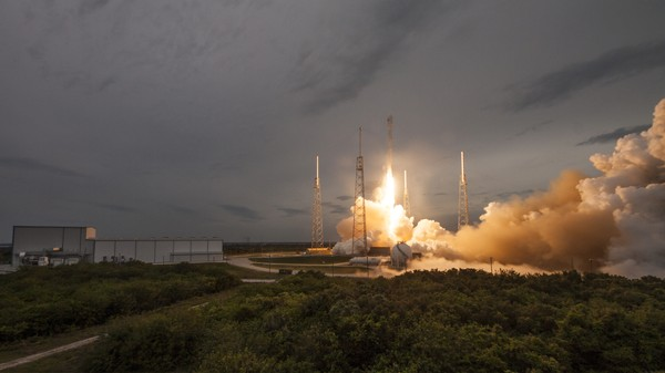 Watch (Almost) Every Rocket Launch of 2015