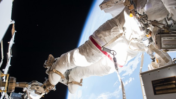 Spacewalk Terminated To Save Astronaut From Possibility of Drowning