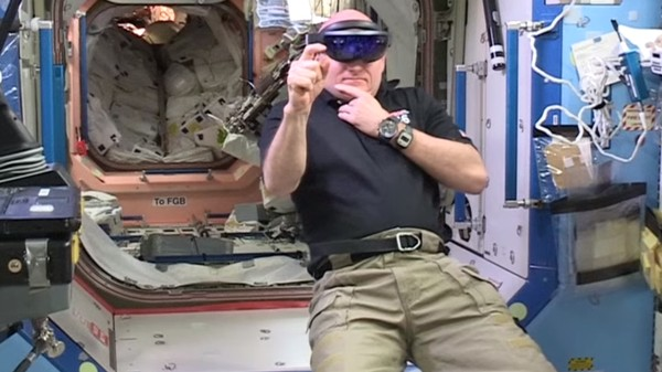 NASA Showcases Augmented Reality Tech in Space By Making a Skype Call