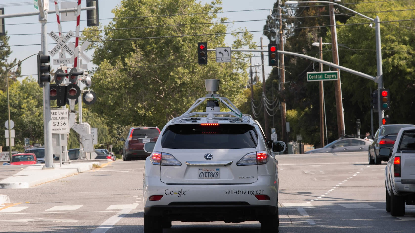 Google to Congress: Go Easy, Hurry Up on Self-Driving Car Regulations