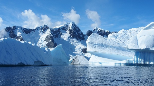 A Melting Antarctica Could Push Sea Levels to Rise More than 3 Feet by 2100