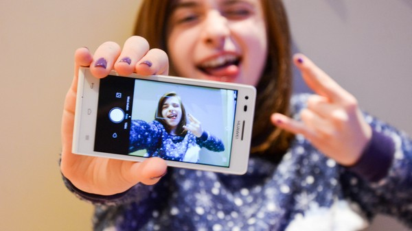 Why Does a Startup Want to Pay Teens for Selfies? So It Can Sell Their Data