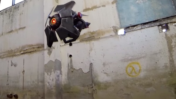 Someone Made a Full-Scale Version of the City Scanner Drones from 'Half-Life 2'